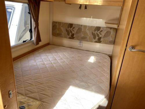 2010 Bailey Olympus 464 4 Berth Touring Caravan (11)