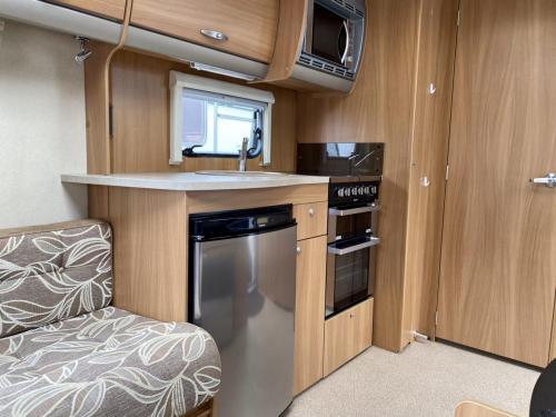 2011 Swift Charisma 240 2 Berth Touring Caravan (5)