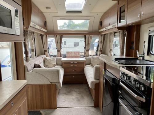 2016 Elddis Affinity 540 4 Berth Touring Caravan (6)