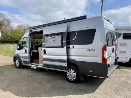Auto-Cruise Alto 3 Berth Coachbuilt Campervan NG66 VBC (2)