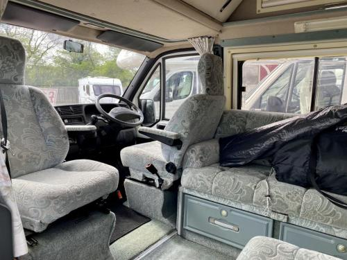 Auto-Sleeper Symphony 4 Berth Petrol Campervan P914 HTV (4)