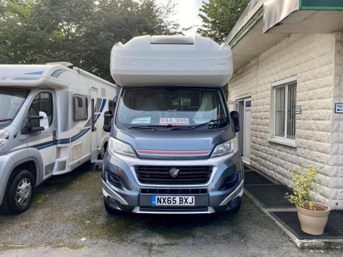 Auto-Trail Imala 620 5 Berth Coachbuilt Motorhome NX65 BXJ (10)