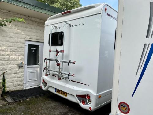 Auto-Trail Imala 620 5 Berth Coachbuilt Motorhome NX65 BXJ (12)