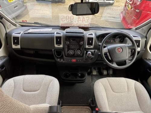 Auto-Trail Imala 620 5 Berth Coachbuilt Motorhome NX65 BXJ (3)