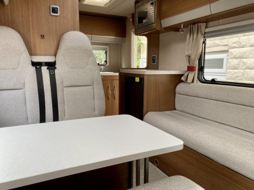 Auto-Trail Imala 620 5 Berth Coachbuilt Motorhome NX65 BXJ (5)