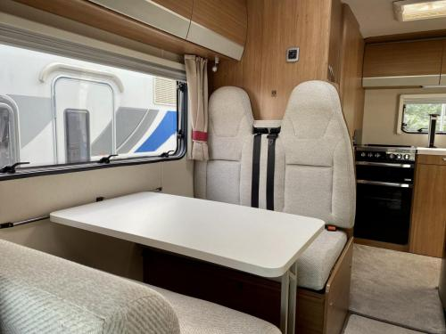 Auto-Trail Imala 620 5 Berth Coachbuilt Motorhome NX65 BXJ (6)