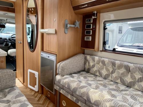 Autocruise Rhythm 2 Berth Coachbuilt Campervan NB08 DJB (2)
