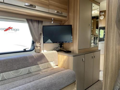 Bessacarr E496 6 Berth Coachbuilt Motorhome HX14 DBV (14)