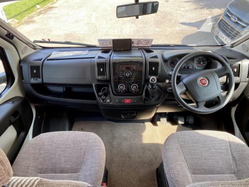 Bessacarr E496 6 Berth Coachbuilt Motorhome HX14 DBV (4)
