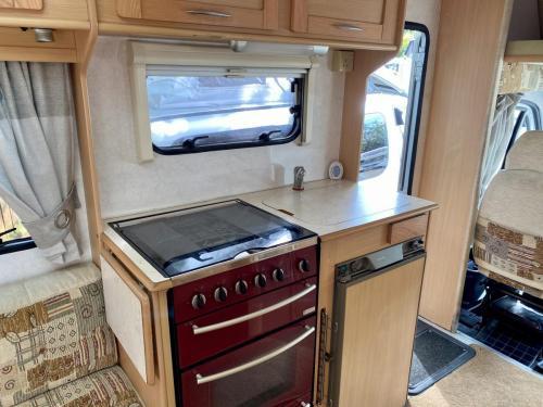 Elddis Avantgarde 400 4 Berth Coachbuilt Motorhome NX53 FFD (4)