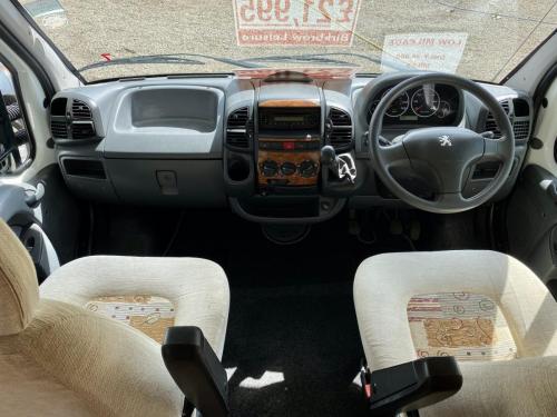 Elddis Avantgarde 400 4 Berth Coachbuilt Motorhome NX53 FFD (6)