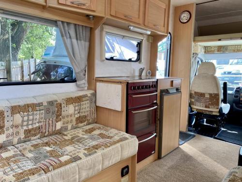 Elddis Avantgarde 400 4 Berth Coachbuilt Motorhome NX53 FFD (8)