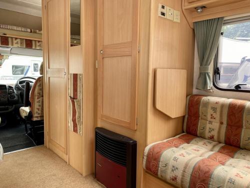 Elddis Firestorm 200 4 Berth Coachbuilt Motorhome NY03 LLC (12)