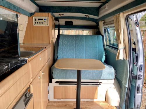 Elddis Hi Life GSX 2 Berth High Top Campervan FM02 HKA-3