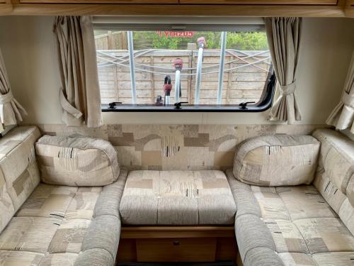 Elddis Majestic 180 6 Berth Coachbuilt Motorhome HX13 AKK (10)