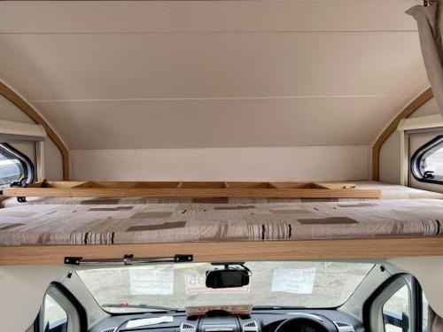 Elddis Majestic 180 6 Berth Coachbuilt Motorhome HX13 AKK (6)