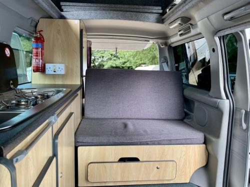 Mazda Bongo Weekender 4 Berth Hi-Top Campervan MC51 LCM (7)