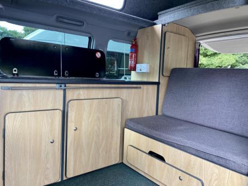 Mazda Bongo Weekender 4 Berth Hi-Top Campervan MC51 LCM (8)