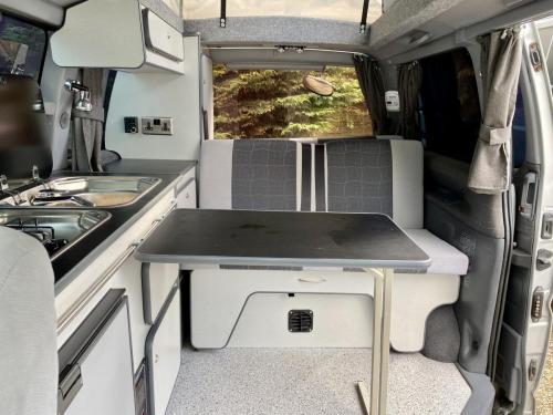 Toyota Granvia 22 Berth Pop Top Campervan P884 AFE (1)