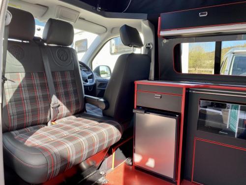 Volkswagen Transporter 6.1 Swomper Edition 4 Berth Pop Top Campervan NV70 KNL (2)