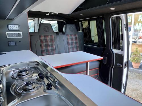 Volkswagen Transporter 6.1 Swomper Edition 4 Berth Pop Top Campervan NV70 KNL (4)