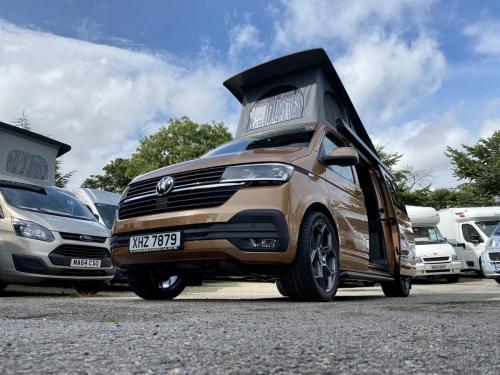 Volkswagen Transporter T30 Highline 4 Berth Pop-Top Campervan XHZ 7879 (5)