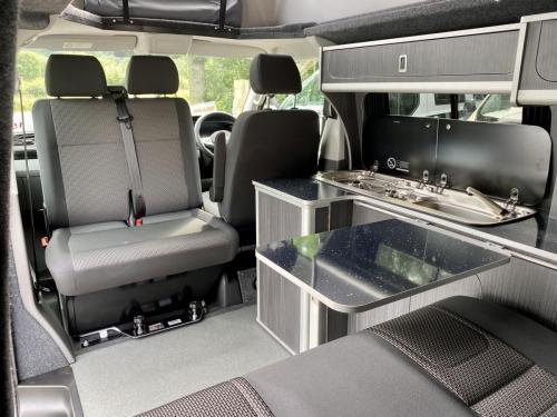 Volkswagen Transporter T30 Highline 4 Berth Pop-Top Campervan XHZ 7879 (9)