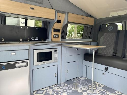 Volkswagen Transporter T6 LWB 4 Berth Pop Top Campervan SD67 XJH (2)