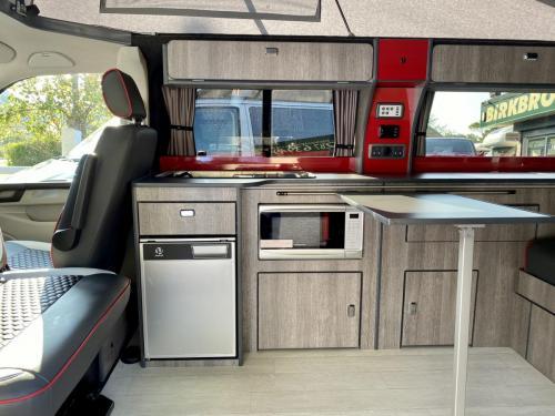 Volkswagen Transporter T6 LWB T30 4 Berth Pop Top Campervan NRZ 5189 (2)