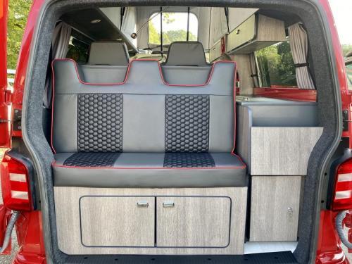 Volkswagen Transporter T6 LWB T30 4 Berth Pop Top Campervan NRZ 5189 (9)