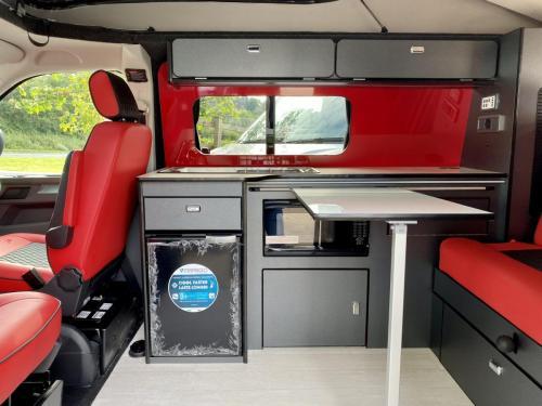 Volkswagen Transporter T6.1 SWB T28 4 Berth Pop Top Campervan NG21 AKO (7)