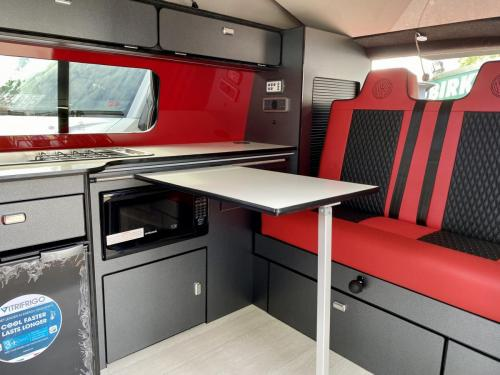 Volkswagen Transporter T6.1 SWB T28 4 Berth Pop Top Campervan NG21 AKO (8)