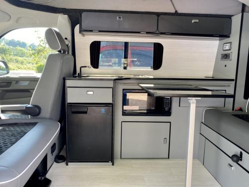 Volkswagen Transporter T6.1 SWB T30 4 Berth Pop Top Campervan NV21 VYF (10)